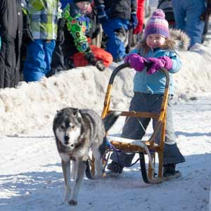 Visitors to Kearney Dog Sled Races